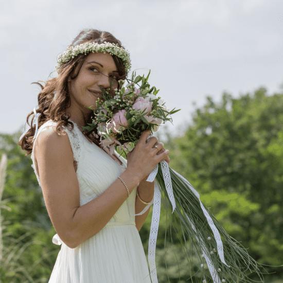 Bouquet-mariée-fleurs-mariage-luxe-paris-bordeaux-lpfloraldesigner-boheme-chic-couronne-pivoine-gypsophile