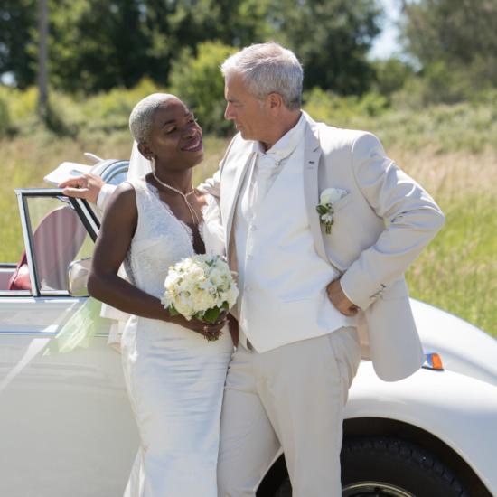 Bouquet-mariee-cortege-luxe-mariage-fleurs-bordeaux-lpfloraldesigner
