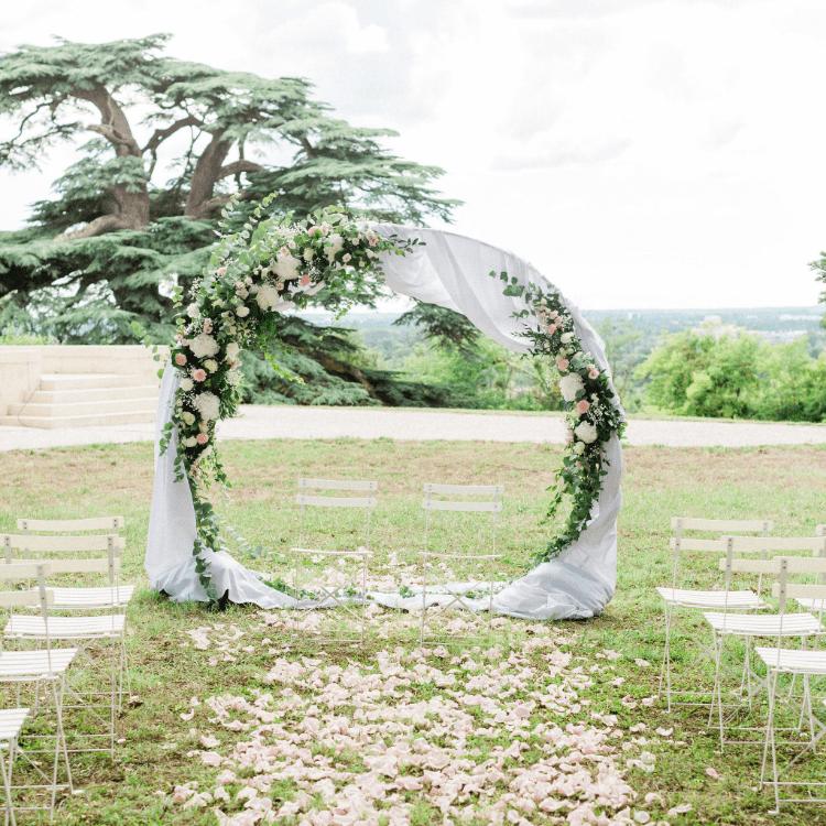 Ceremonie-arche-mariage-fleurs-bordeaux-lpfloraldesigner
