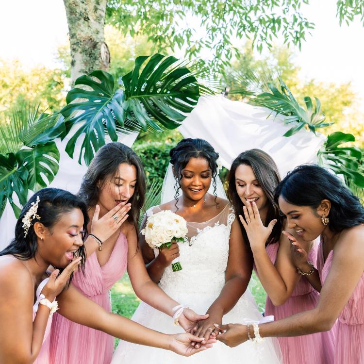 cortege-femme-elegance-chic-mariée-fleurs-mariage-bordeaux-lpfloraldesigner